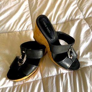Nine West Black Wedge Sandals Sz 8